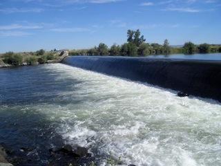Lowhead dam